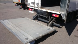 phoca_thumb_l_tail_lift_bar_cargolift